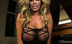 Busty Rachel Aziani rides the sybian sex machine