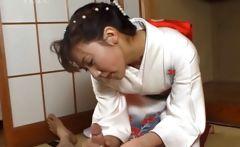 Japanese geisha rubbing cock