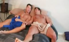 Muscle Robert Van Damme helps bodybuilder Vince Morelli get into porn.