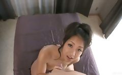 Beautiful Satomi Suzuki gives a titjob
