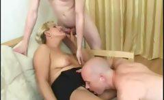 Mature Russian slut get double penetrated